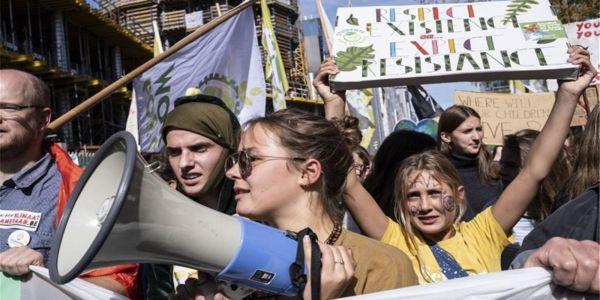 «Είμαστε το μέλλον» φώναξαν εκατομμύρια νέοι σε 160 χώρες