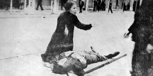 Ο «Επιτάφιος» του Γ. Ρίτσου και 20 εικαστικά εμπνευσμένα από τον πόνο της Μάνας - Ειδήσεις Pancreta