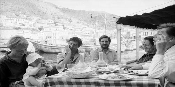 Dance me to the end of Greece - Ειδήσεις Pancreta