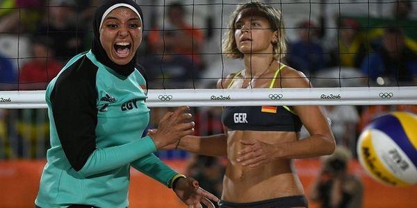 Οι αθλήτριες ανάμεσα στο μπικίνι και τη μαντίλα - Ειδήσεις Pancreta
