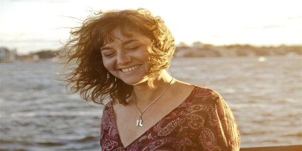 Παλεύοντας με τα κύματα: η γυναίκα στη μέση ηλικία | Pancreta Ειδήσεις