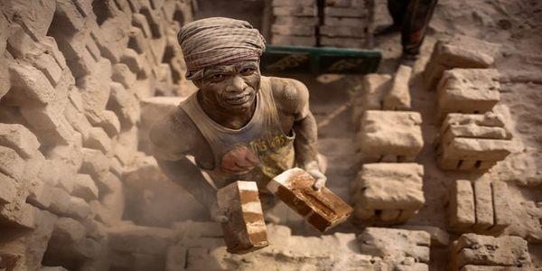 Σύγχρονη δουλεία: «Κάτω… από τη μύτη μας» - Ειδήσεις Pancreta