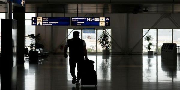 ΕΟΔΥ: 19 κρούσματα κορονοϊού το τελευταίο 24ωρο - 12 σε πτήση από το Κατάρ