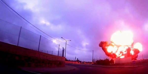 Η στιγμή που πέφτει το αεροπλάνο στο αεροδρόμιο της Μάλτας (video)