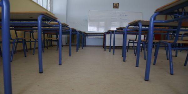 Τέλη Μαΐου κλείνουν Γυμνάσια και Λύκεια