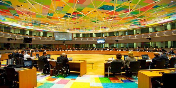«Λευκός καπνός» στο Eurogroup με «ούτε ένα ευρώ περισσότερη λιτότητα»