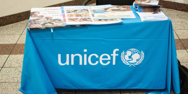 Γλεντούσαν με τα χρήματα της Unicef