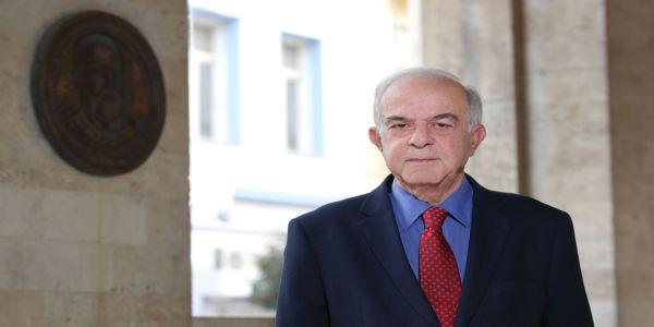 Μήνυμα του Δημάρχου Ηρακλείου Βασίλη Λαμπρινού για την Εργατική Πρωτομαγιά - Ειδήσεις Pancreta