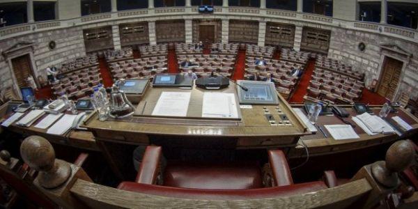 Πέρασε με 163 ψήφους ο εκλογικός νόμος