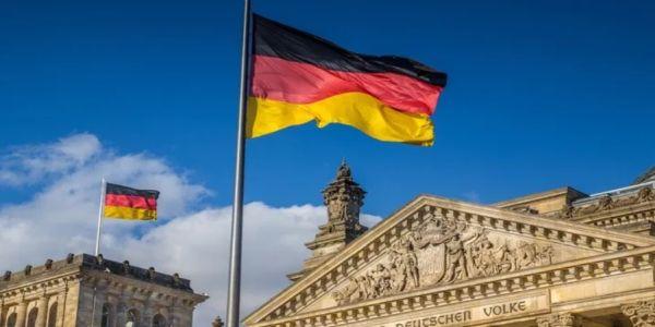 Γερμανία: Φοβούνται αριστερή κυβέρνηση και βγάζουν τα λεφτά τους Ελβετία - Ειδήσεις Pancreta