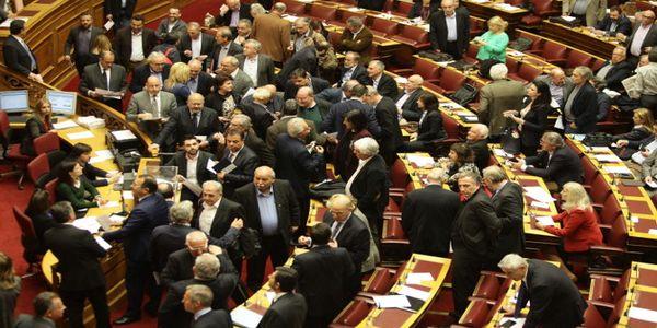 Υπέρ της παραπομπής Παπαντωνίου σε προανακριτική ψήφισε η Βουλή - Ειδήσεις Pancreta