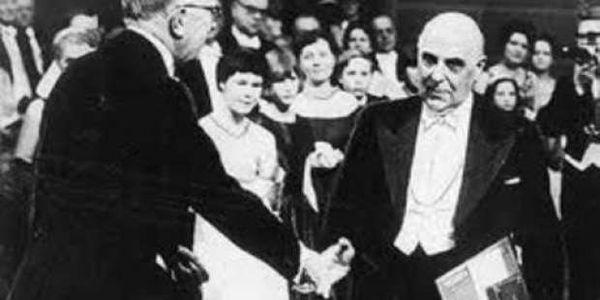 Ο Γιώργος Σεφέρης τιμάται με το Νόμπελ Λογοτεχνίας   Pancreta Ειδήσεις