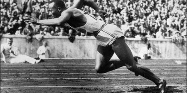 Τζέσε Όουενς: Ο Ολυμπιονίκης που εξόργισε τον Χίτλερ   Pancreta Ειδήσεις