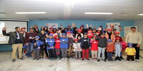 Με επιτυχία υλοποιείται από τον Δήμο Ηρακλείου το πρόγραμμα ένταξης των προσφύγων μέσω αθλητισμού «FITforALL»
