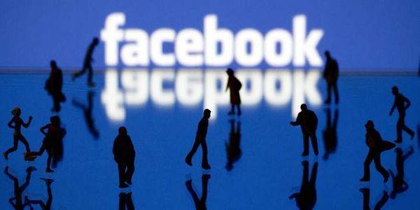 Παραίτηση με αιχμές για την πολιτική του Facebook