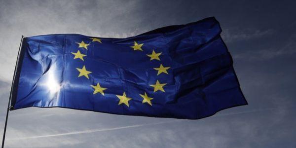 Δέχεται επίθεση η δημοκρατία; - Ειδήσεις Pancreta
