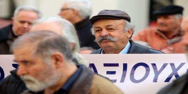 Στους δρόμους και πάλι οι συνταξιούχοι στην Κρήτη