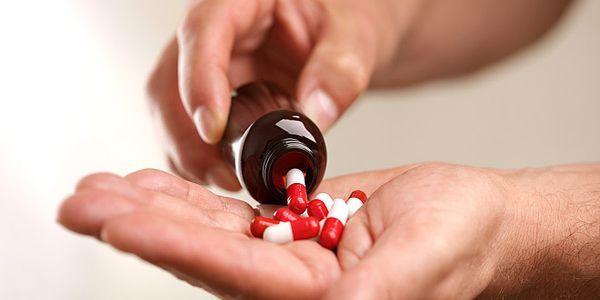 «Αχρηστεύσαμε τα αντιβιοτικά υπερκαταναλώνοντάς τα»