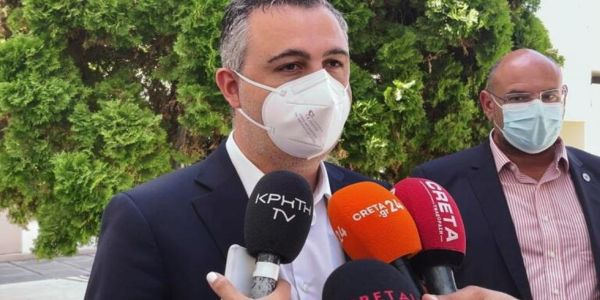 Αυξημένος ο αριθμός νοσηλειών στην Κρήτη από ανεμβολίαστους πολίτες - Ειδήσεις Pancreta