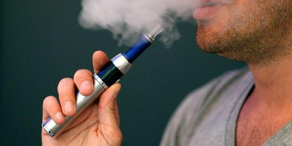 Απαγορεύεται και το ηλεκτρονικό τσιγάρο στους δημόσιους χώρους - Ειδήσεις Pancreta