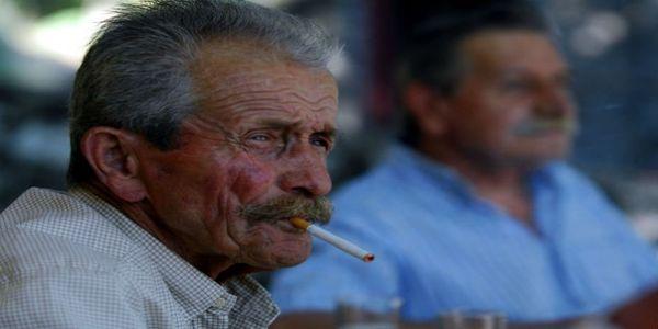 Καπνιστές, αγύμναστοι και υπέρβαροι οι Έλληνες - Ειδήσεις Pancreta